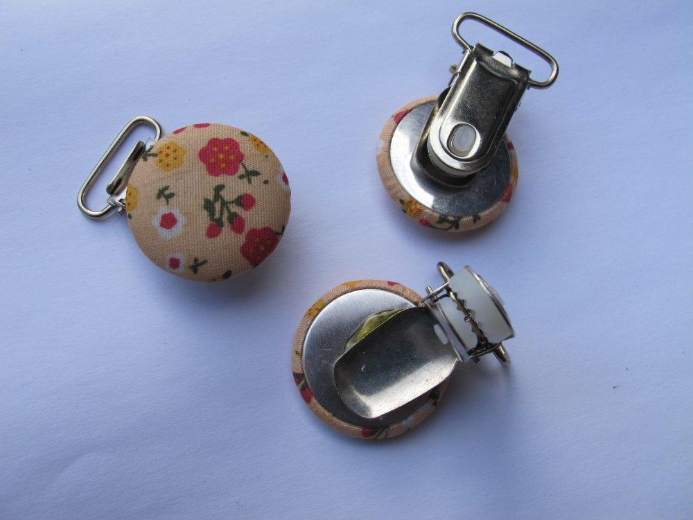 Clip pince attache tétine en tissu et métal modèle fleuris