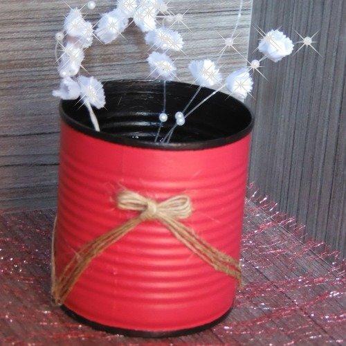Centre de table rouge et noir avec nœud .pots crayons