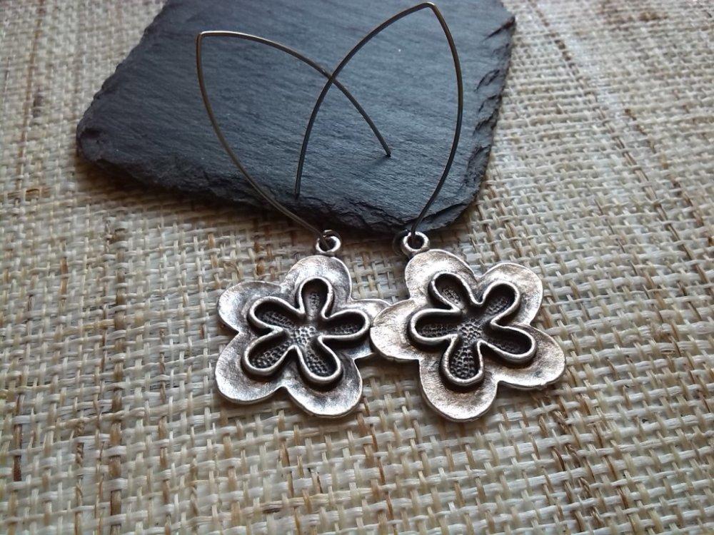 Boucles d'oreilles Fleurs argentées