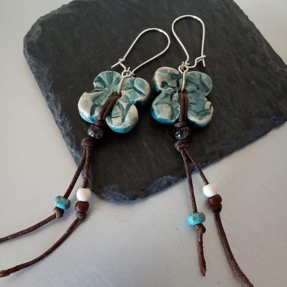 Boucles d'oreilles Fleurs en Céramique turquoise ou rouge