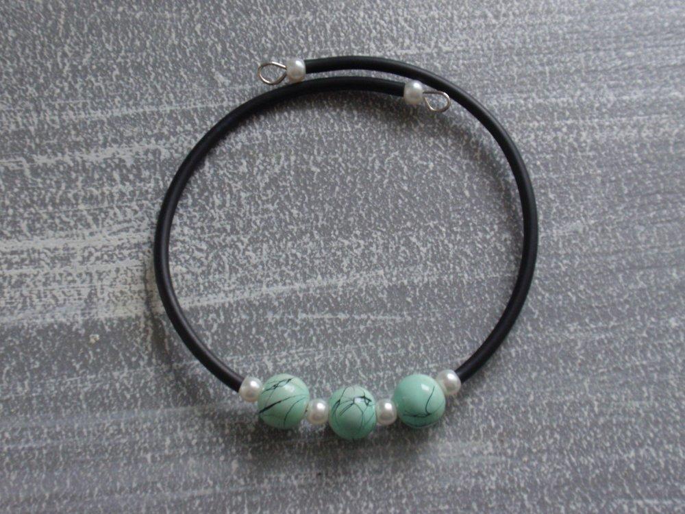 Bracelet sur mémoire de forme perles verre