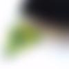 Pendentif triangle 3d en peyote rocaille miyuki coeur swarovski