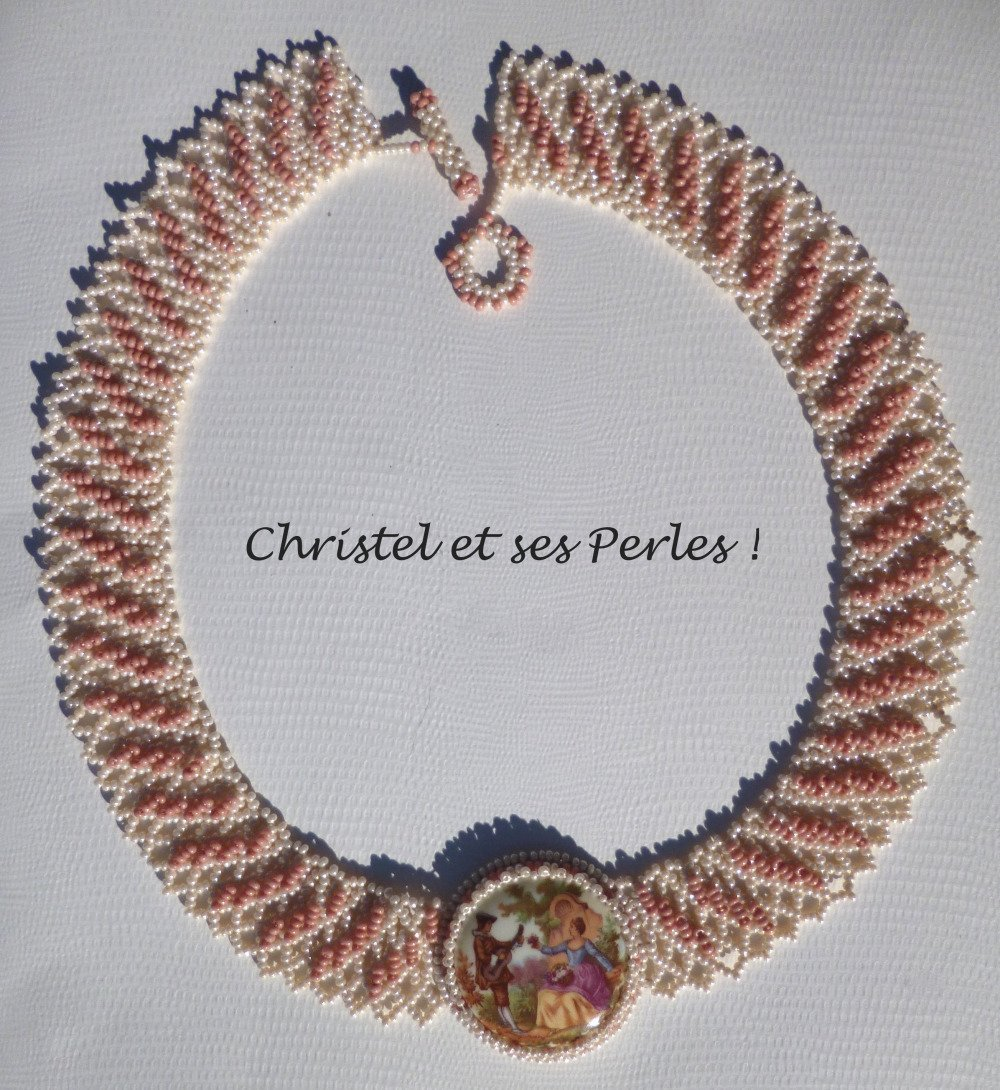 Micheline, collier romantique