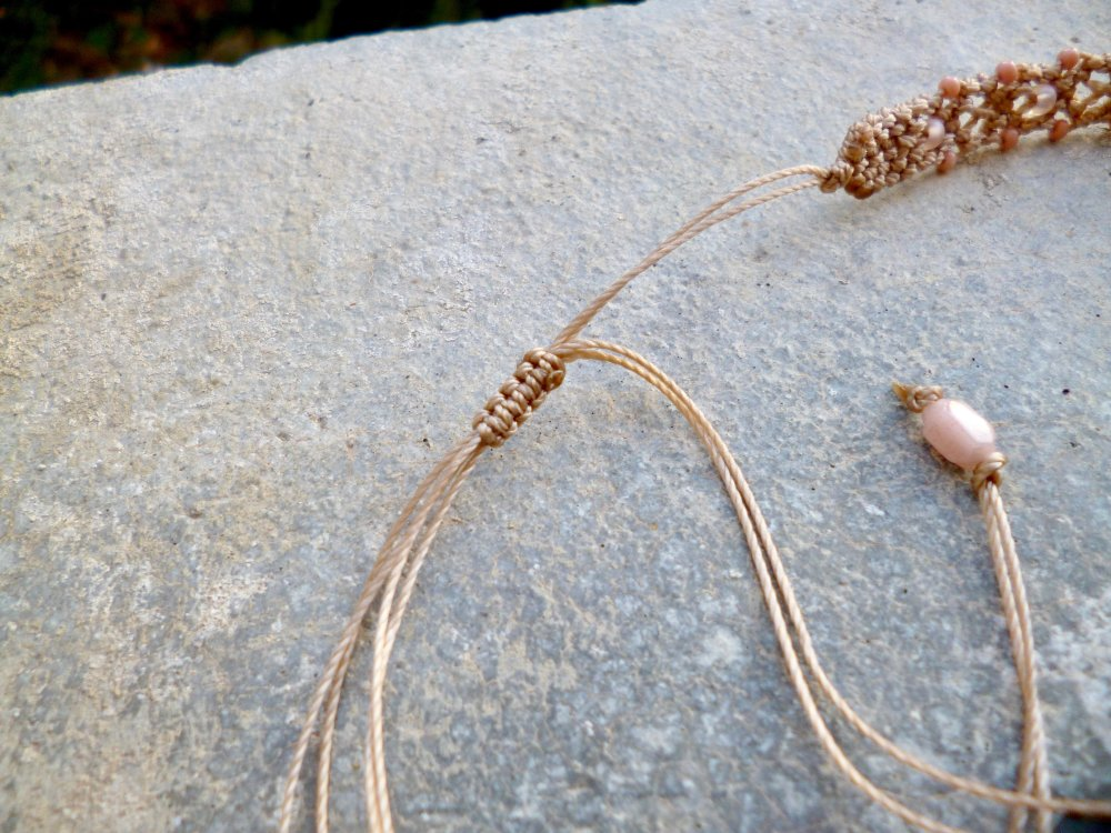 Collier macramé et Quartz rose