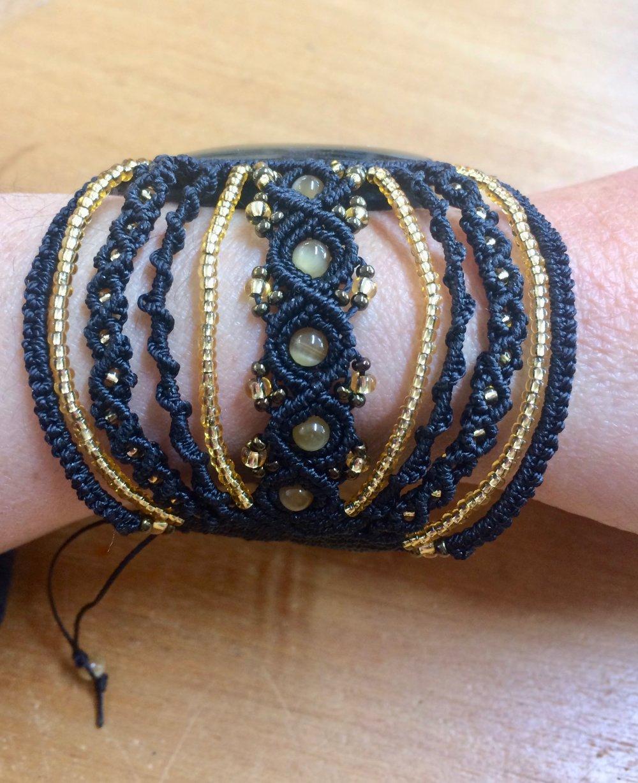 Large bracelet macramé et Obsidienne dorée