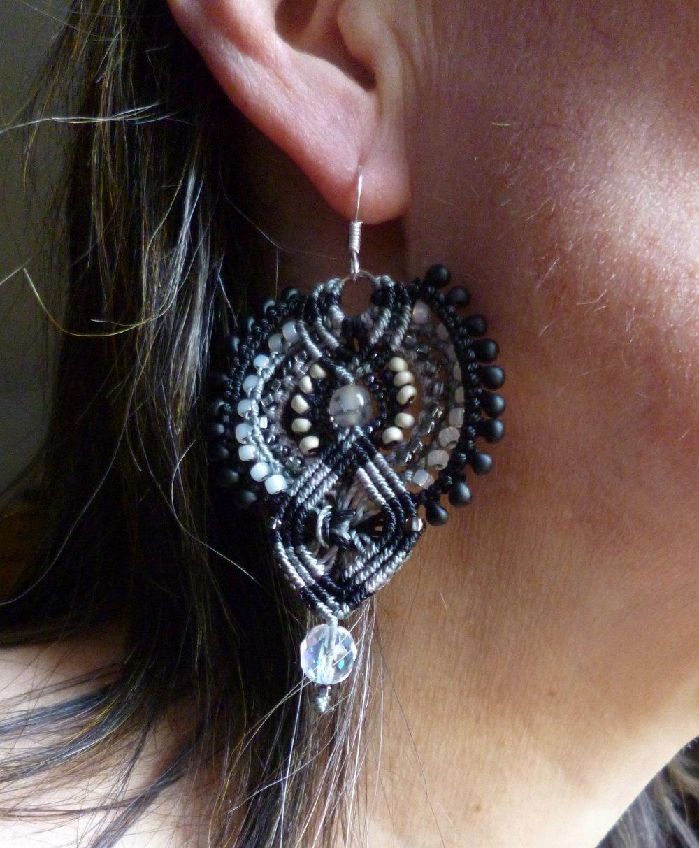 Boucles d'oreilles XL noires grises