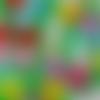 12 boutons forme fraise en plastique (couleurs aléatoires)