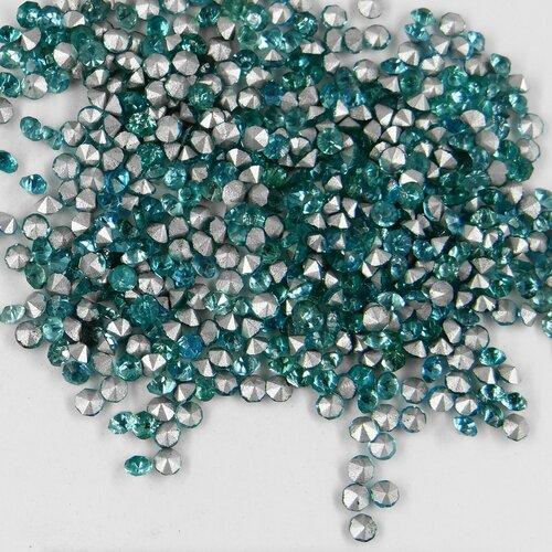 années 60 213 18 *** 70 strass anciens fond conique 1,8mm bleu-vert pâle