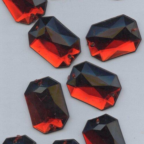 PC44 *** 30 pierres à coudre à facettes acrylique carré 14mm VIOLET