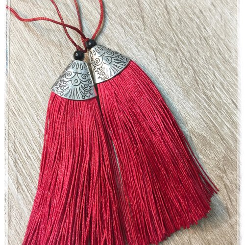 2 pompons rouge long