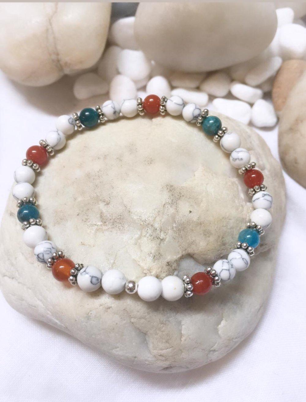 Bracelets  pierres naturelles Apatite/howlite/cornaline