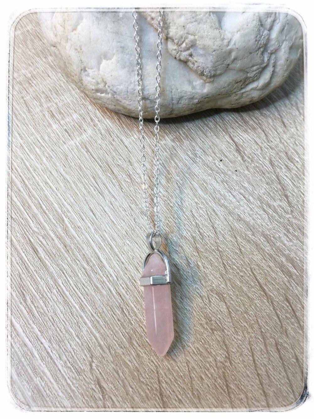Collier en  acier inoxydable /Quartz rose argent  ou quartz rose acier or
