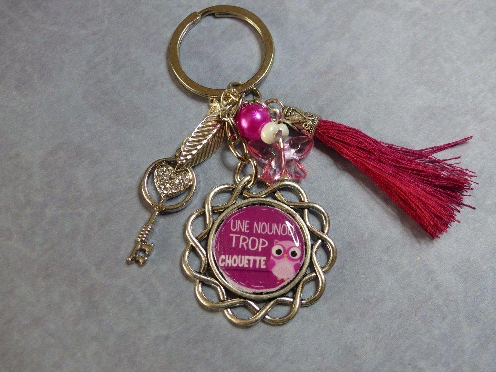 """Porte clés """"une nounou trop chouette"""""""