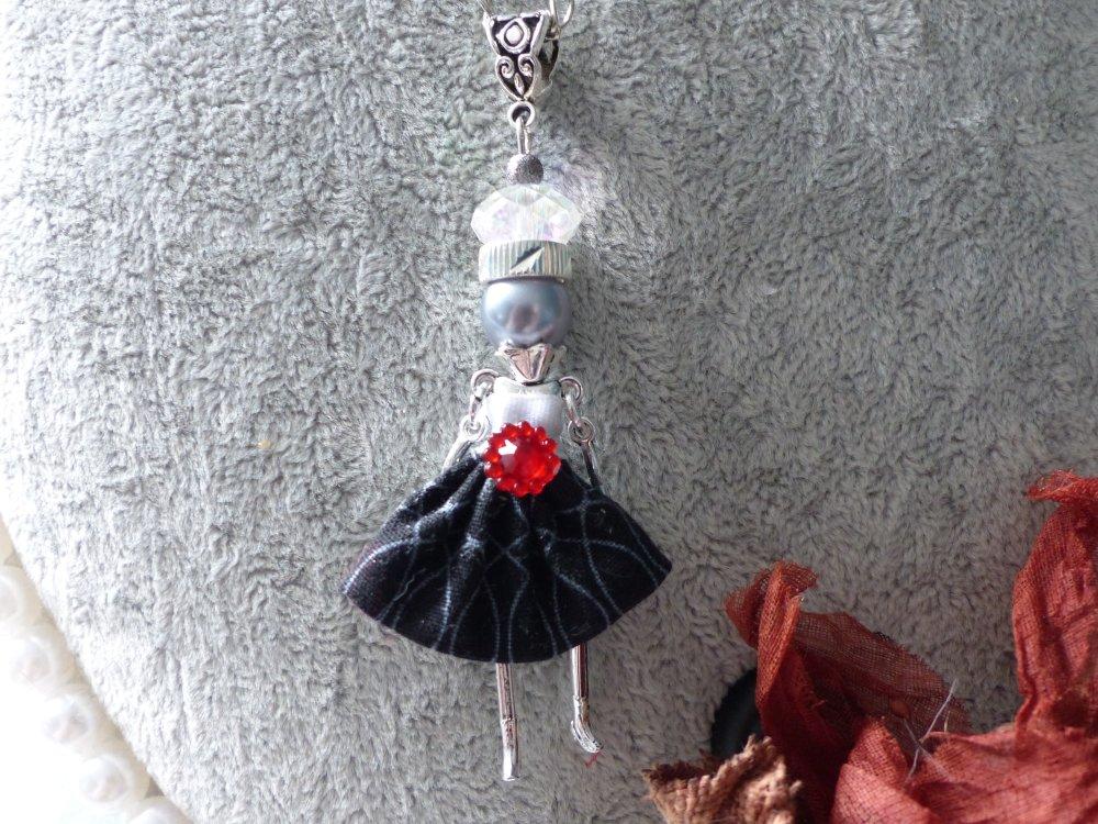 Pendentif d'moizelle Audrey avec sa chaine