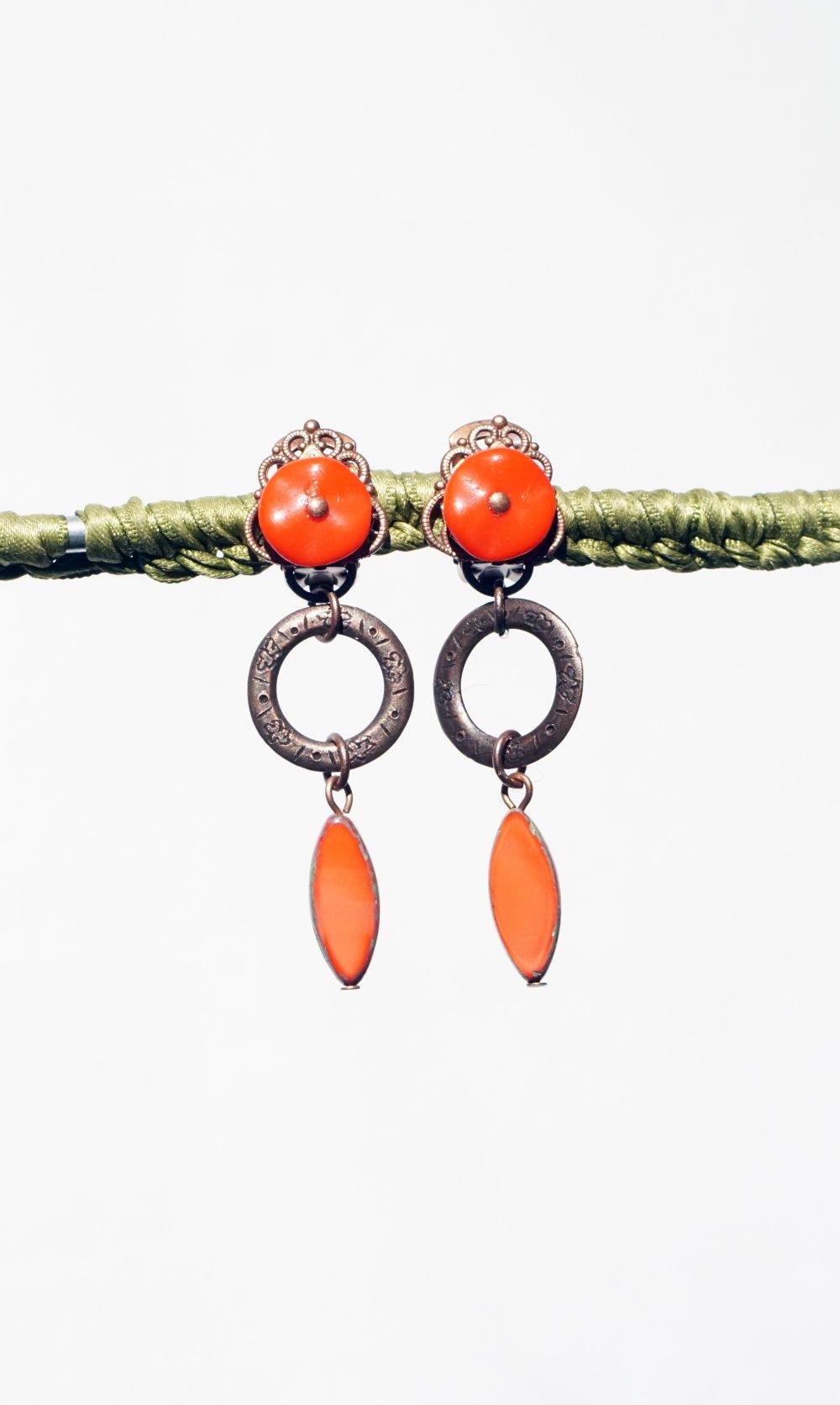 CLIP Boucles d'oreilles Clips cuivrée & Rouge Vif perle de Bohême Bijoux créateur Création française fait main