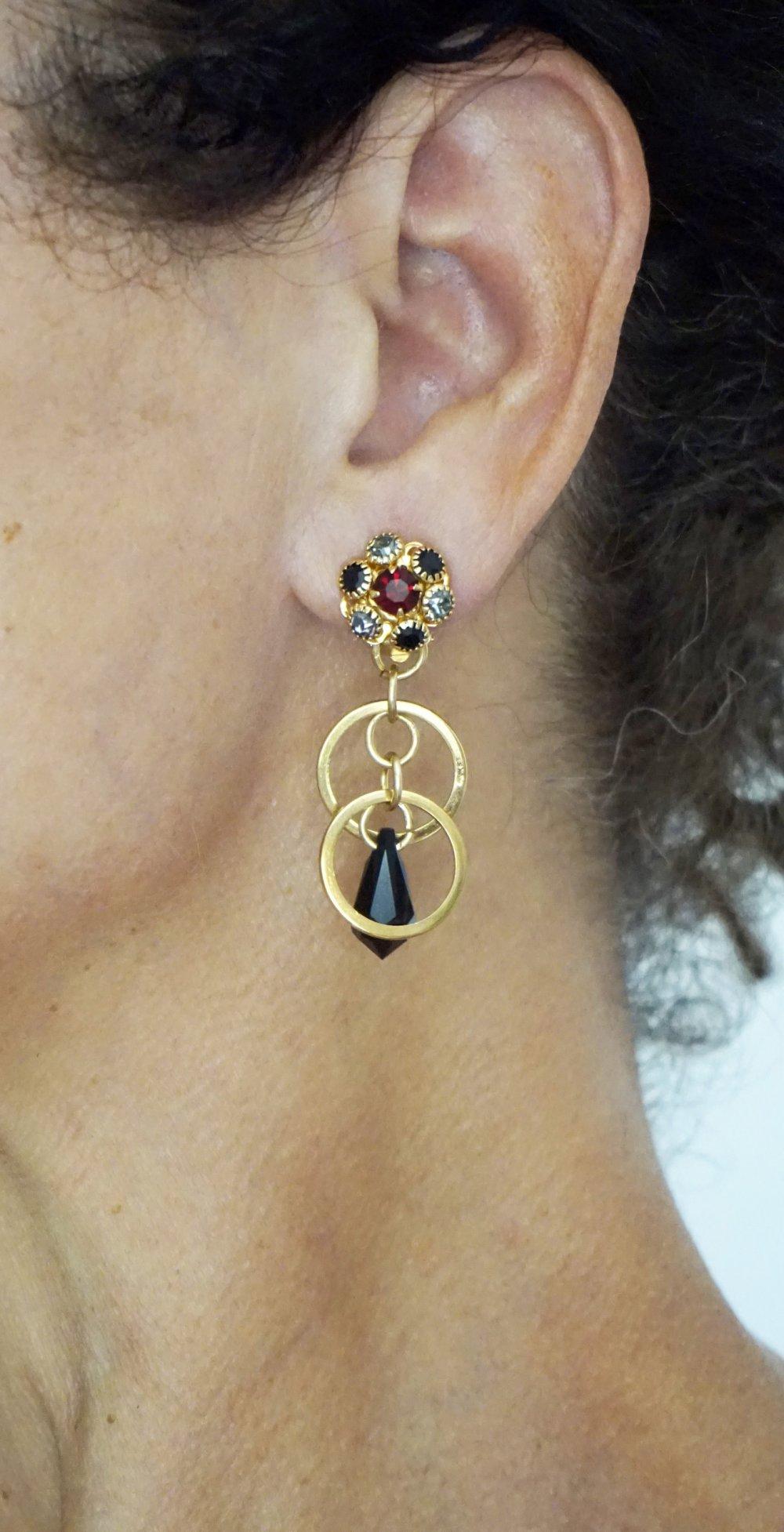 CLIPS Boucles d'oreilles Clip Vintage Cristal Noir Rouge & Metal doré Goutte cristal Bijoux créateur Création Française