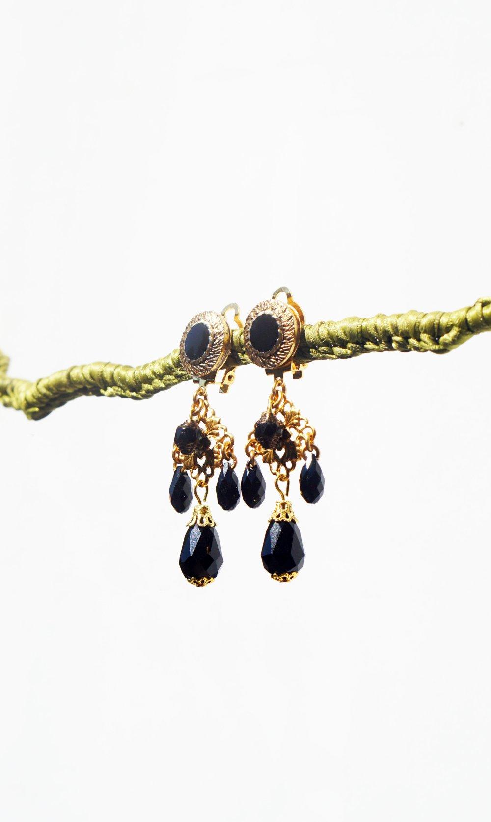CLIPS Boucles d'oreilles Clip Noir & doré Goutte cristal Swarovski Bijoux Créateur Création Française fait main