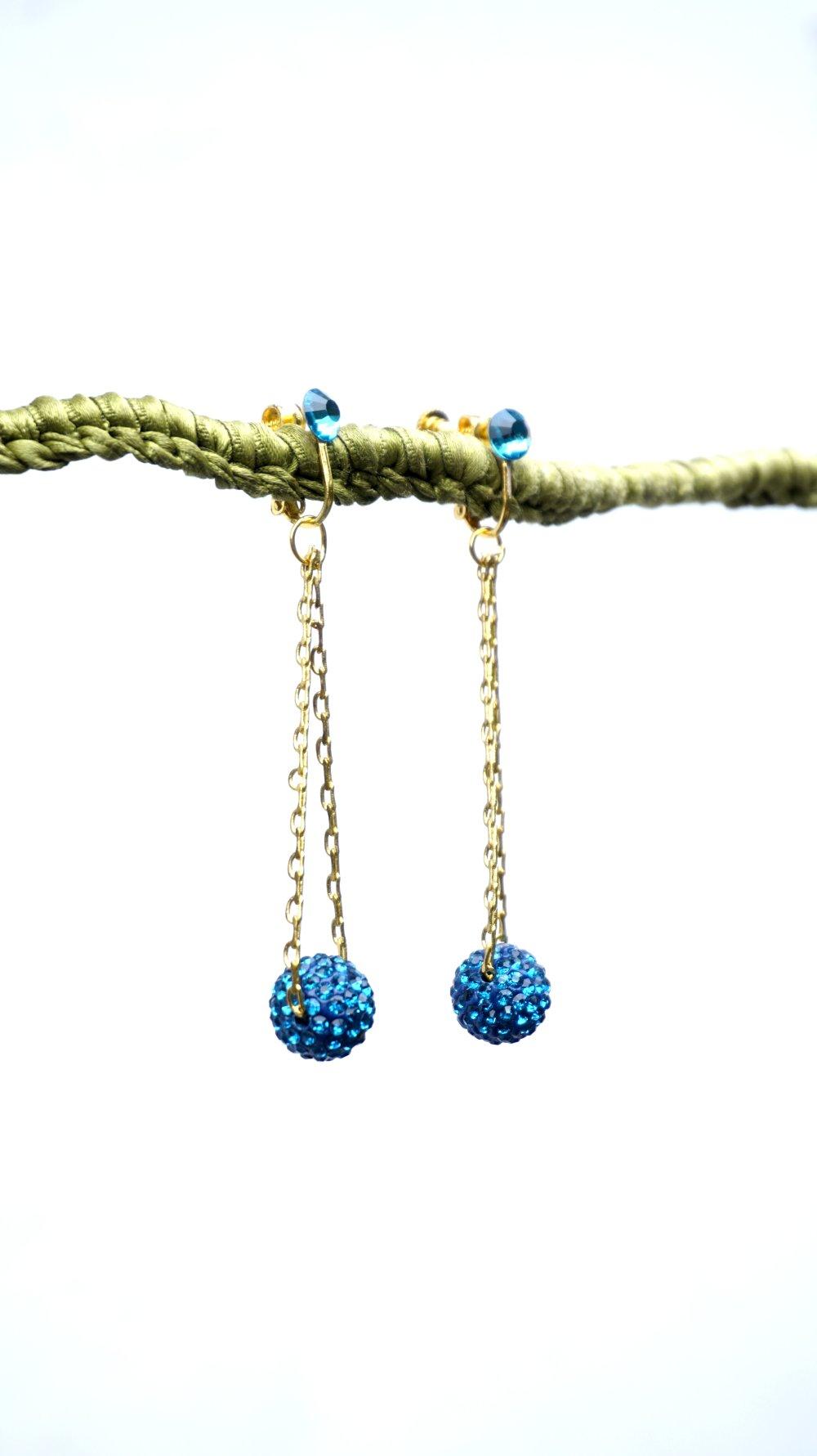 CLIPS Boucles d'oreilles CLIPS bleu canard & doré Boucles d'oreilles Cristal Strass chainette doré Bijoux Création française