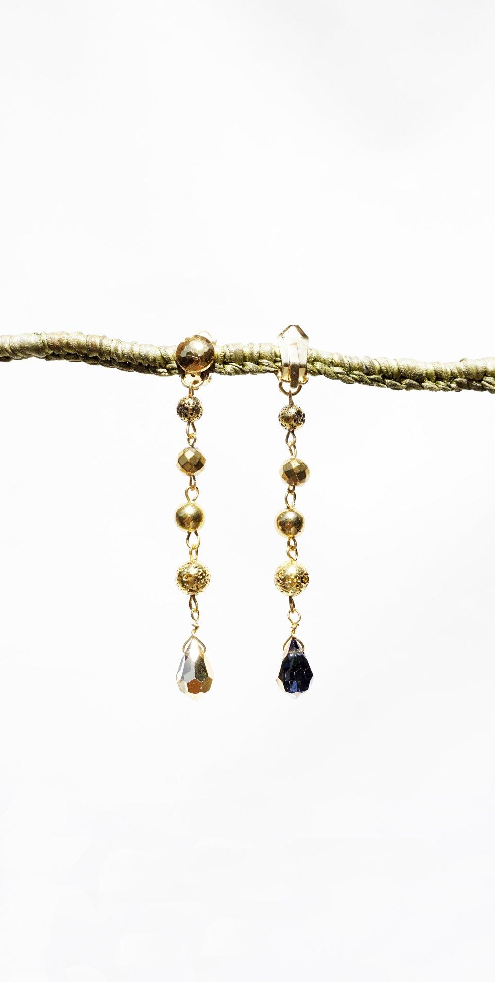 CLIPS Boucles d'oreilles Clips Doré Perles metal doré Bijoux Clips d'oreilles Création Française
