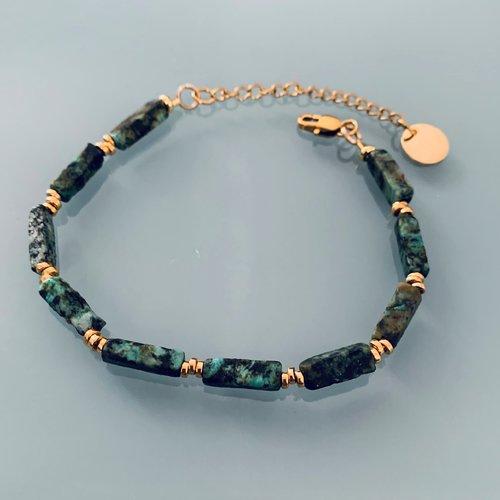 Bracelet en turquoise africaine, bracelet femme gourmette pierres naturelles magiques et perles heishi plaqué or 24 k