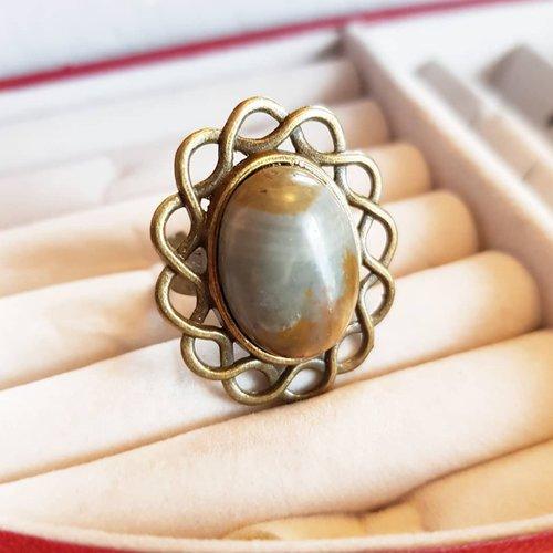 Bague pierre jaspe paysage marron, ajustable au doigt, cabochon ovale