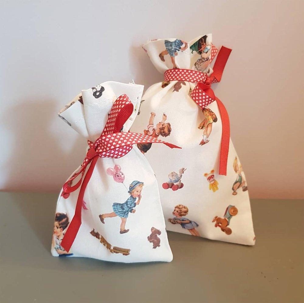 2 pochette cadeau en tissu rétro - sachet réutilisable Noël zéro déchet + étiquette cadeau