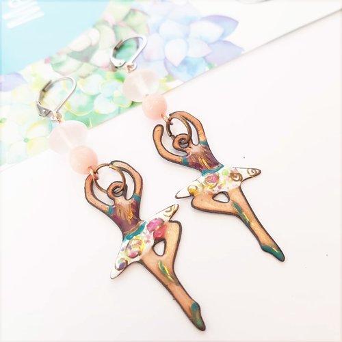 Boucles d'oreilles danseuse, pendantes ballerine, bijou cuivre émaillé artisanal