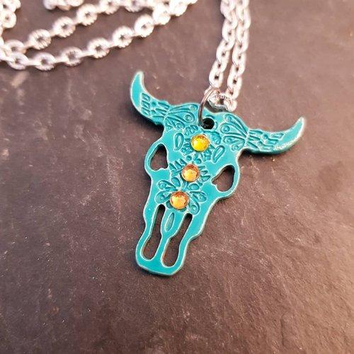 Collier crane de buffle turquoise, bijou homme fausse taxidermie, collier chaine argentée