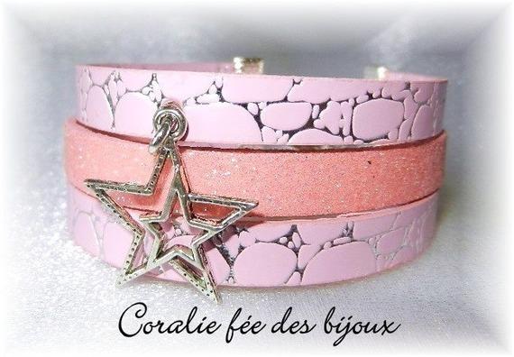 bracelet manchette 3 rangs en simili et pailleté breloque étoile tons roses