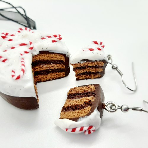 Collier et boucles gâteau choco sucre d'orge