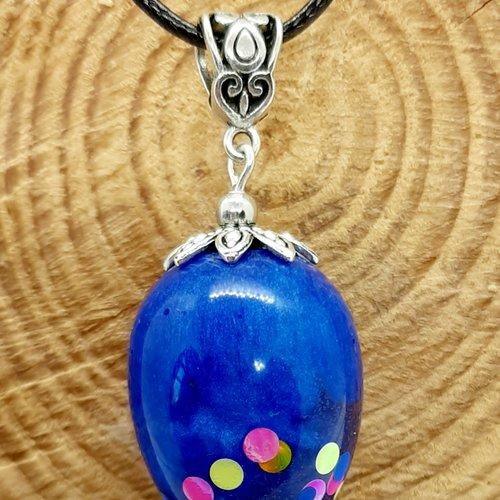 Collier egg bleu multicolore