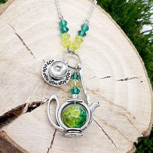 """Collier """"l'heure du thé"""" vert et jaune"""