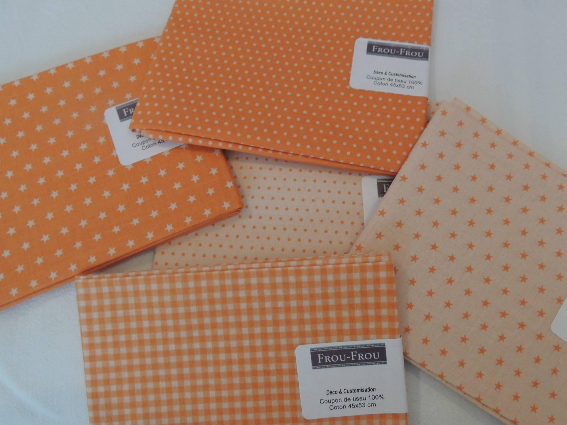 Coupon de tissu coton patch Fond orange Pois beige