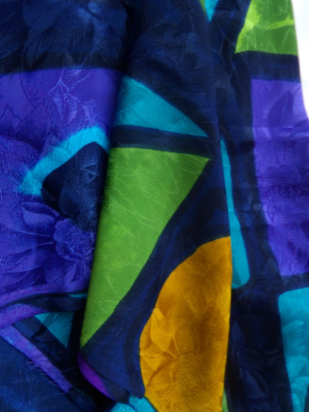 Coupon de 90CM +10cm de soie imprimé géométrique multicolore
