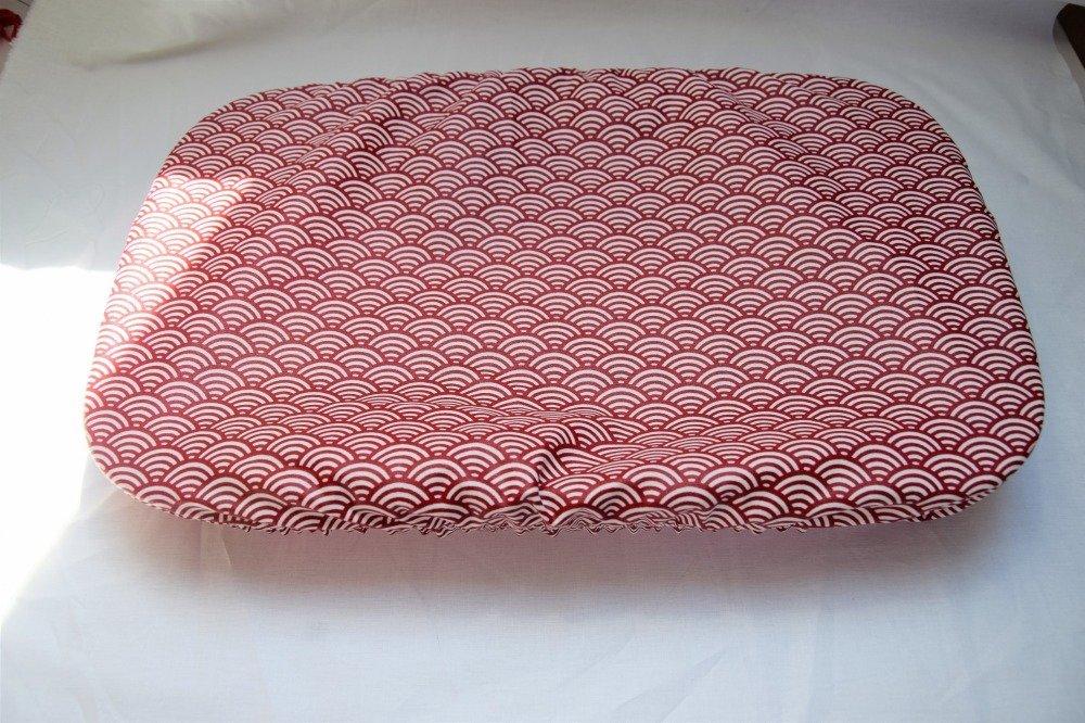 Couvre plat motifs vagues rouges japonisant