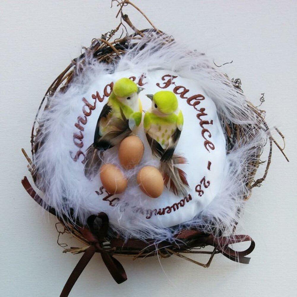 porte-alliances : le nid d'amour  - la famille oiseaux et ses oeufs / coussin de mariage