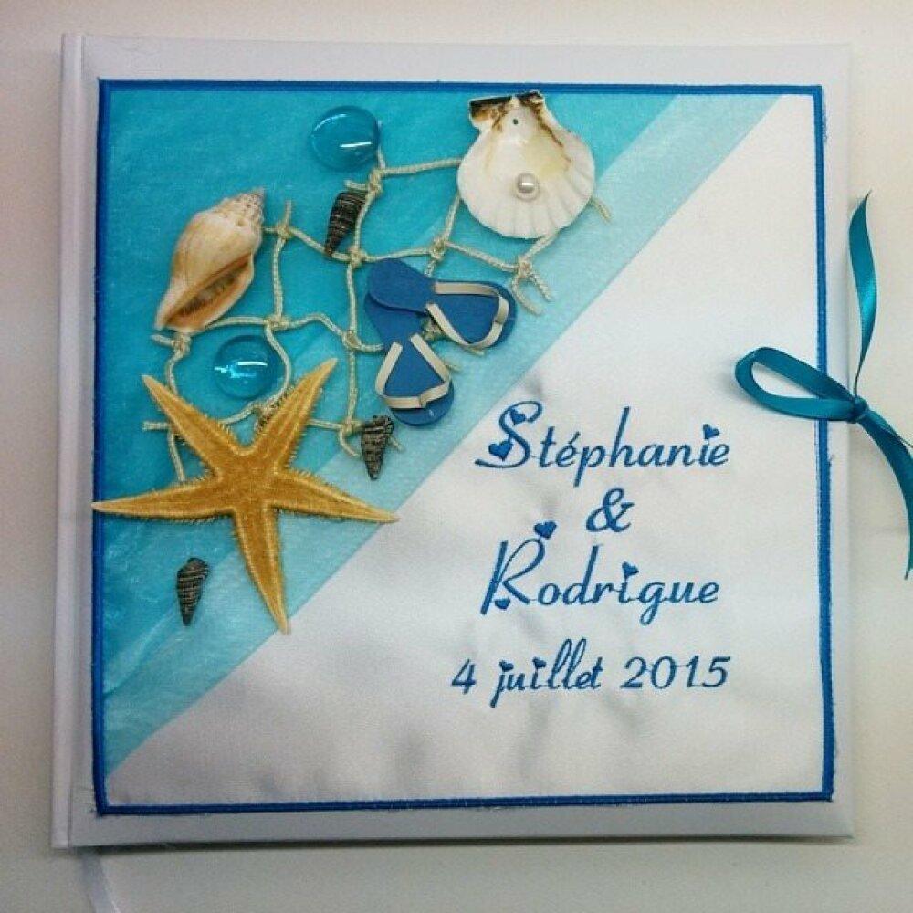 Livre d'or mariage  personnalisé et brodé aux prénoms thème mer