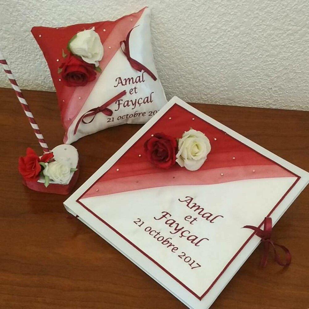 Coussin de mariage, livre d'or et porte stylo thème les roses en ton bordeau