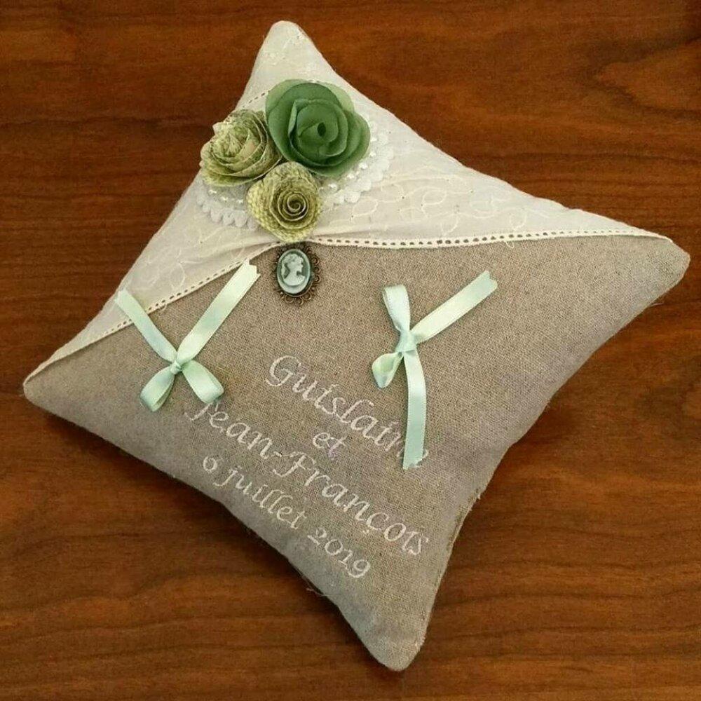 coussin de mariage : les fleurs en origami