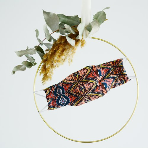Masque mixte tissu imprimé éthnique, doublé fait main selon norme afnor, modèle : afrika
