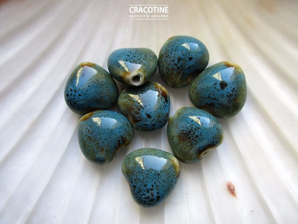 1 perle céramique coeur bleu 15 mm