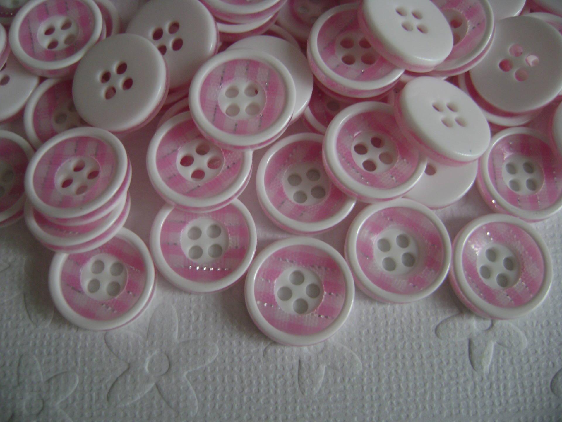 Boutons acrylique rose et blanc