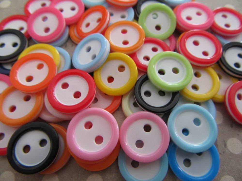 Boutons colorés