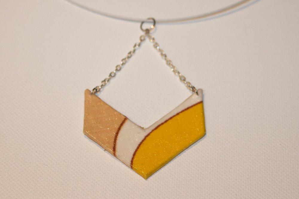 Pendentif en tissu jaune, beige et blanc