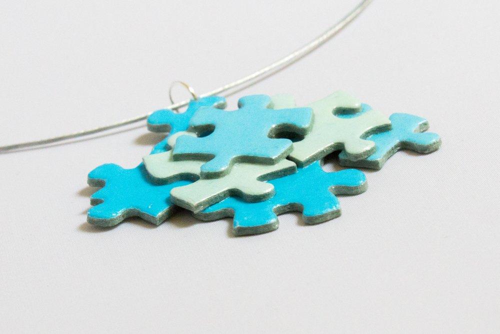 Pendentif assemblage de pièces de puzzle