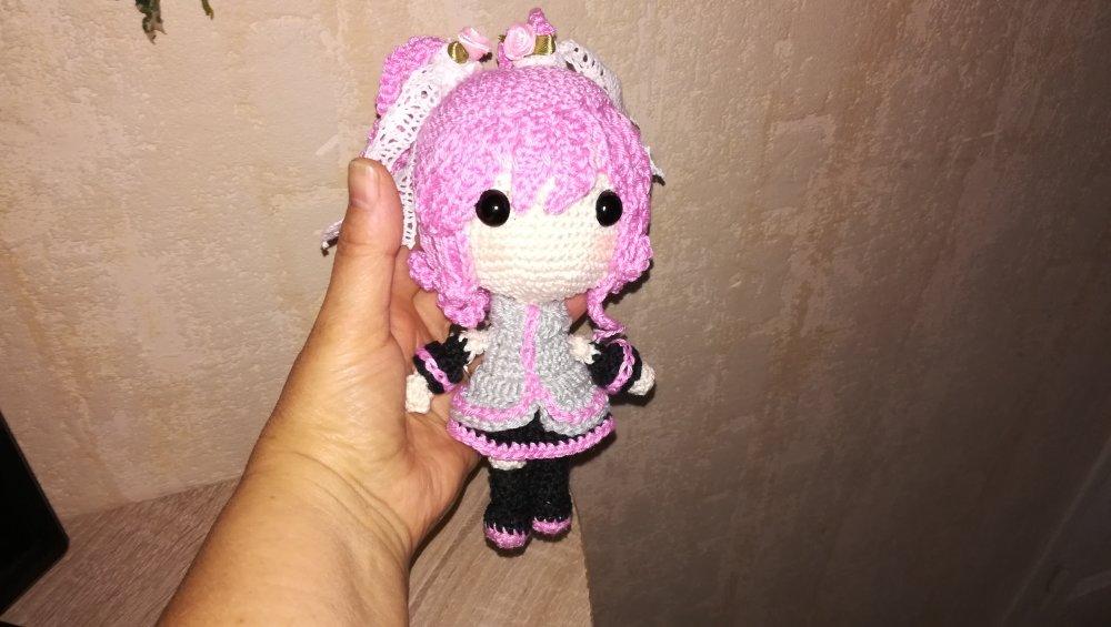 poupée Hatsune Miku crochetée en coton