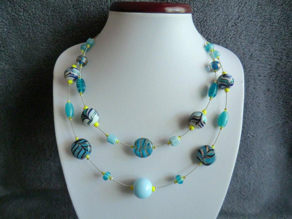 "Collier ""Nenuvar"" en corde de guitare et perles artisanale en verre."