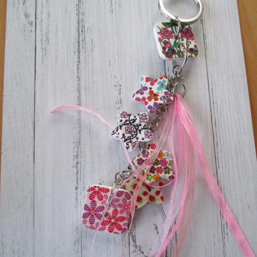 Porte clés boutons, bijou de sac ou grigri collection boutons étoiles