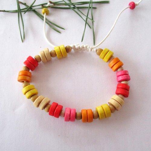 Bracelet en perles rondelles de bois multicolores