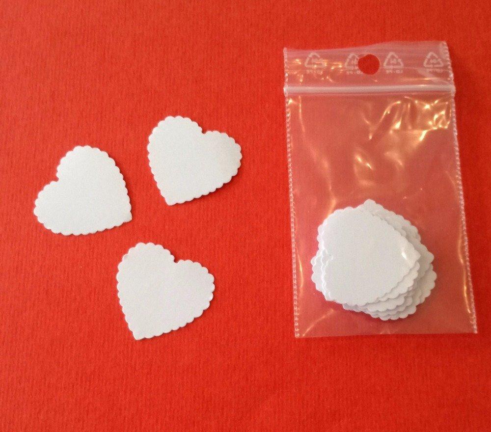 lot de 25 petits coeurs dentelée en papier blanc